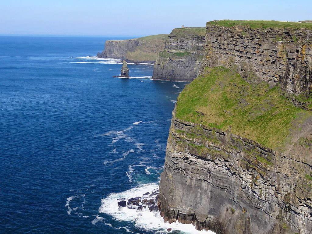 1024px-Cliffs-Of-Moher